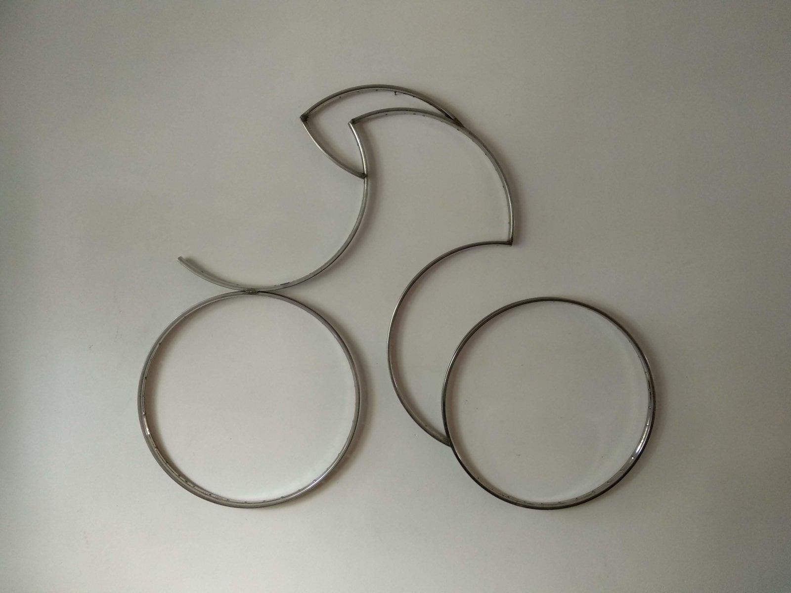 Metal Sculpture Time Trial Cyclist Decreatievelink