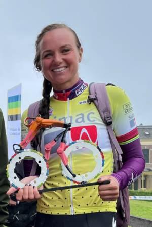 Chantal Blaak En Cyclist  Fietskunstwerk Cycling Art By Decreatievelink