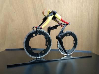 Fietskunstwerk Cyclist Belgisch Kampioentrui