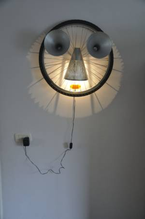 GeenGezichtaandeWandlamp Decreatievelink Velp